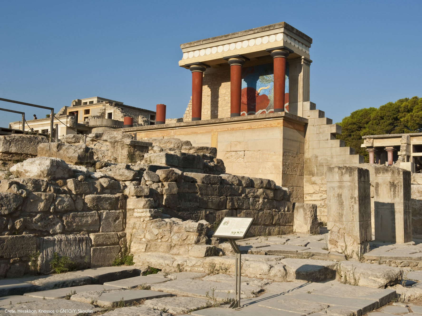 Crete_Heraklion_Knossos_8573_photo Y Skoulas